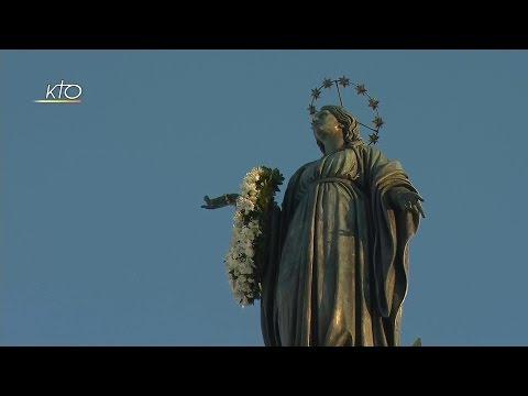 Prière à la Vierge avec le Pape François