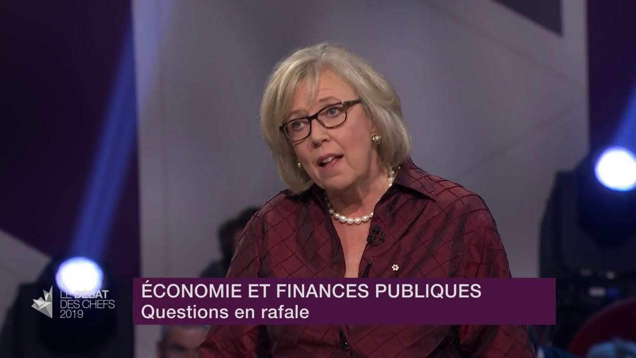 Elizabeth May répond à la question du modérateur sur le cadre financier de son parti