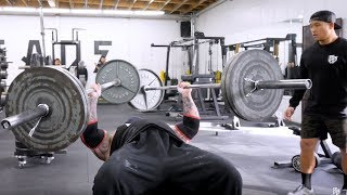 BENCHING 225 POUNDS IN EACH ARM!