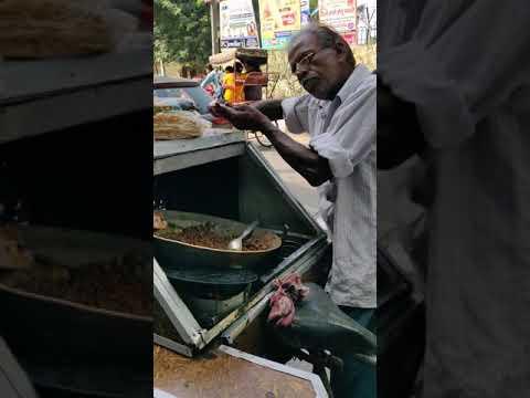 Dacă iei o broască în mână  o verucă va apărea
