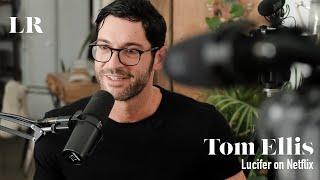 16/01/2019 -  Tom Ellis discute avec V.Morehouse sa coach vocale