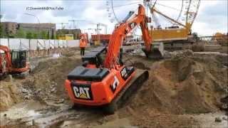 Soeren66 - Raupenbagger CATERPILLAR 324E Fährt In Die Baugrube