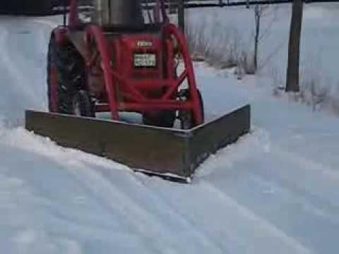 Winter 2010 Fahr D177s mit dem Schneeschieber  Aloys