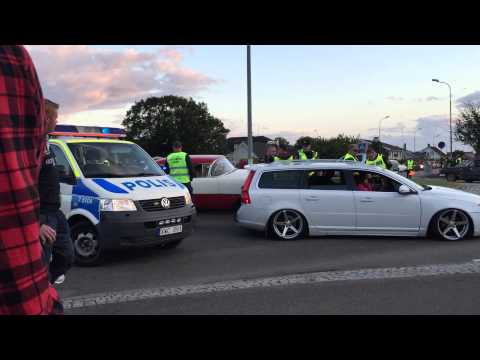 Wheels n Wings 2015 Cruising fail with new Volvo V70. Stupid driver girl even fights off police