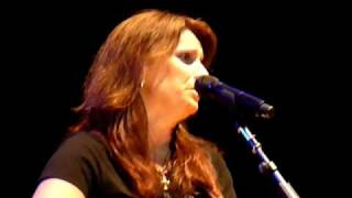 "Terri Clark ""Better Things to Do"" (Extra Verse) Live"