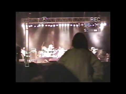 """Fabiana Cantilo """"Solo dame un poco"""" en vivo en plaza de las américas - Buenos Aires-28/01/95"""