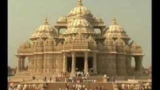 Akshardham, The 8th Wonder of The World-Louise and Stuart's Amazing India Travels