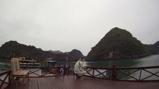 preview picture of video '[Slow TV] Cruising in Cat Ba (Ha Long Bay - Vietnam)'