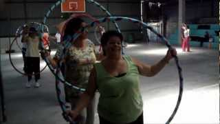 preview picture of video 'Hula hoop in Escazu, Escuela Corazon de Jesus sponsored by Coopesana'