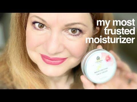 Chakra Natural Skincare | Moisturizer and Night cream review