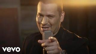 Ando Por Las Nubes - Victor Manuelle (Video)