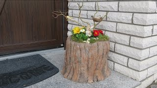 Frühling / Ostern Deko Mit Blumen . Dekoration Vor Der Haustür Selber Basteln