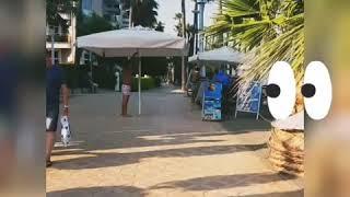 Зонтик в аренду!! Как в Турции люди отдыхают)))))
