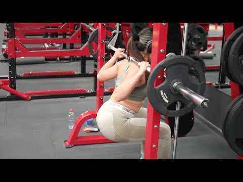 Feet forward smith machine squat
