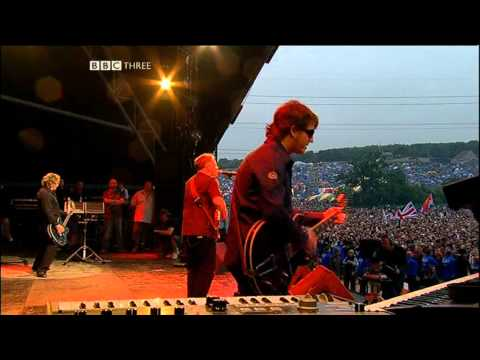 New Order - Crystal (Glastonbury 2005)