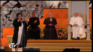 The queen of Soul, Aretha Franklin, sings for Pope Francis