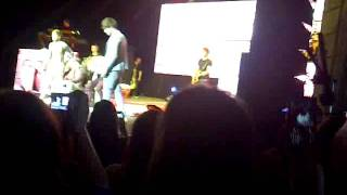 One Direction Gotta Be You At southend at up a night tour 19.12.11