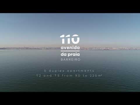 110 Avenida da Praia - Barreiro - T3 Duplex