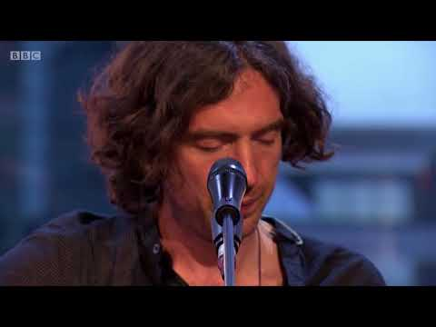 Crack The Shutters - Snow Patrol The Quay Sessions
