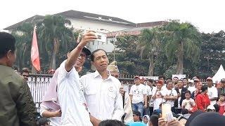 Hadirnya Jokowi KW di Monumen Perjuangan Rakyat Jabar Membuat Simpatisan 01 Kaget