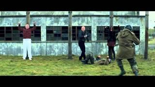 RED 2 - Clip de la película con Bruce Willis, Mary-Louise Parker, Helen Mirren y John Malkovich
