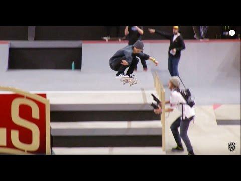 Alexis Sablone Kickflip -- Chicago 2015