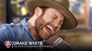 Drake White   The Coast Is Clear (Run With The Bulls) (Acoustic)  The George Jones Sessions
