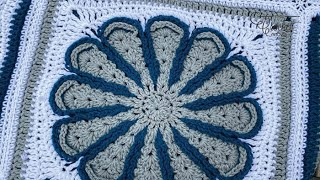 Left Hand - Crochet Flora Afghan   Chrysanthemum Square