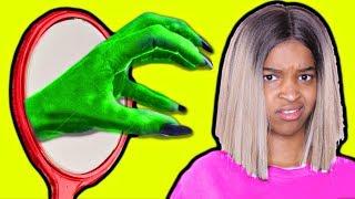 GIANT GREEN HAND IN MIRROR! vs Shiloh and Shasha - Onyx Kids