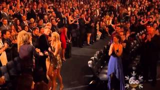 Taylor Swift   Wins Best Country Album   AMA Awards 2013