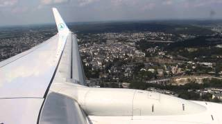 preview picture of video 'Luxair Boeing 737-800 landing at ELLX/LUX Airport'