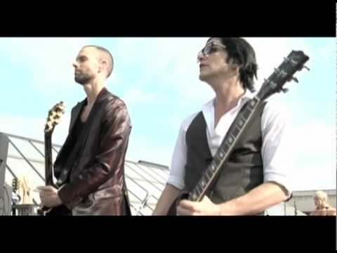 Placebo - Every You Every Me (Live On FNAC Rooftap, Paris)