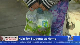 LAUSD Begins Grab-And-Go Meal Program