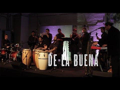 "Public Domain: De La Buena performs ""Scarborough Fair"""