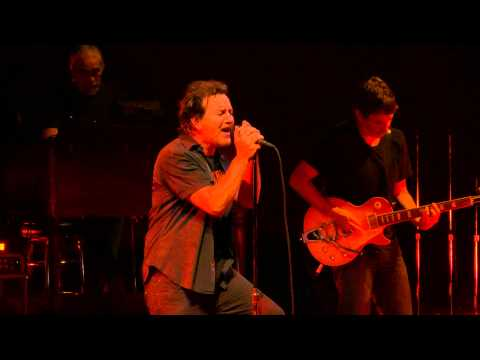 Pearl Jam - Red Mosquito - Moline (October 17, 2014) (4K)