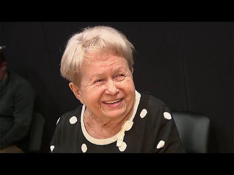 Любимый миллионами композитор Александра Пахмутова отмечает юбилей. видео