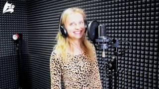 Девушка красиво спела песню Земфиры Чайка, школа вокала для взрослых в Барнауле, студия Basilio