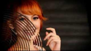 Gambar cover Cherrybelle - Ratu Sejagad (Lyric Video)