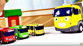 Gambar cover Çocuk filmi - Oyuncak arabalar - Küçük otobüs Tayo