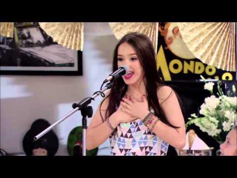 Mora canta Dia de Enero