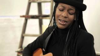Bumi Thomas Free As A Bird LIVE (Afrosounds UK)
