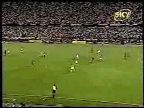 Figura en la final contra Nacional en 2002
