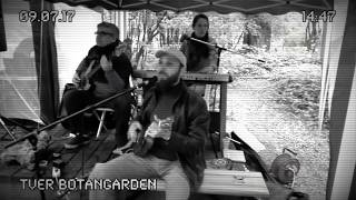 Илья Аносов в Ботаническом саду