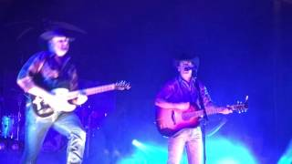 Aaron Watson: Blame it on Those Baby Blues