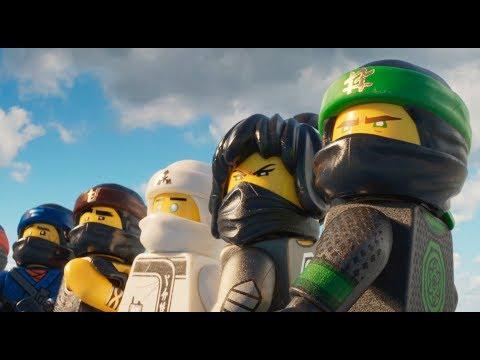 The Lego Ninjago Movie (Featurette 'Behind the Bricks')