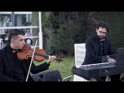 Dúo de violín y teclado EnClave Maestoso en ceremonia civil de boda