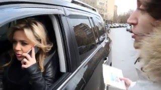 Блондинка за рулем - хамство на дороге