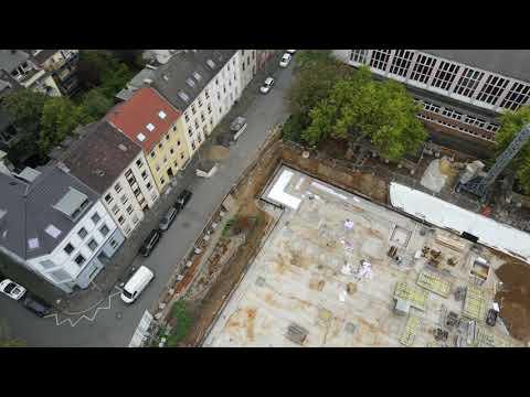 Drohnenflug über der Baustelle