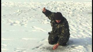"""Ловля Окуня Зимой на спортивную мормышку. """"О Рыбалке Всерьез"""" видео 120."""
