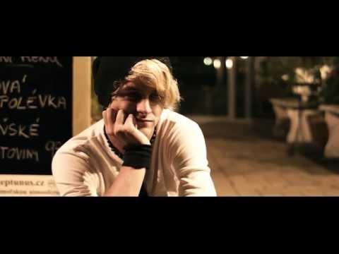 Kyanid - Kyanid - Blonďatá [ oficiální videoklip ]